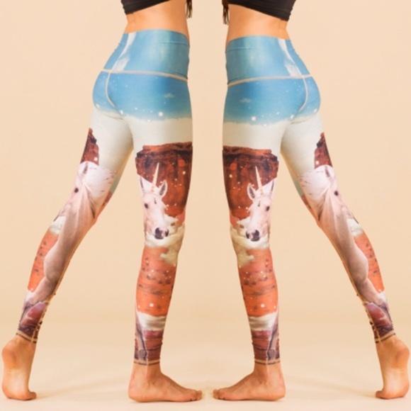 Teeki Unicorn Wrangler Hot Print Legging Small